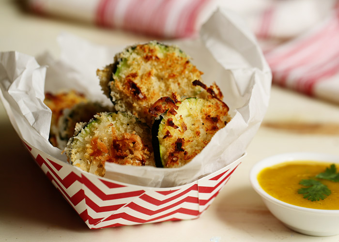 crispy-baked-coconut-zucchini-with-mango-jalapeno-dipping-sauce-4
