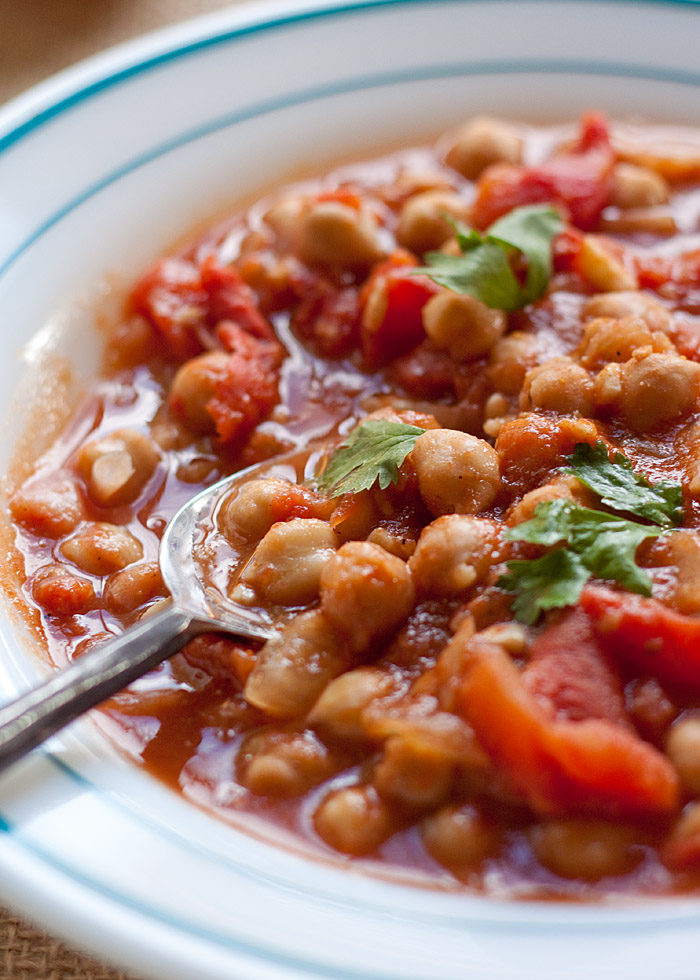 Slow cooker chana masala kitchen treaty slow cooker chana masala the classic indian chickpea curry crock pot style so forumfinder Image collections