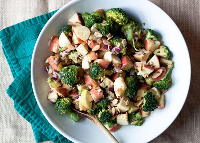 broccoli-apple-salad-with-creamy-tahini-lemon-dressing2