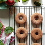 cinnamon-sugar-dusted-apple-spice-baked-doughnuts2