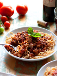 Legume My Marinara (Hearty Marinara Sauce with Lentils and Beans) - Marinara simmered together with lentils and beans for a thick, hearty, and protein-rich take on classic marinara. We love this over whole-wheat spaghetti, stirred into spaghetti squash, or stuffed in baked sweet potatoes. Vegan, gluten-free, and freezer-friendly!
