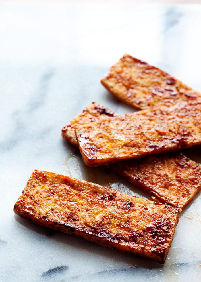 smoky-tofu-bacon-lettuce-and-tomato-sandwiches2