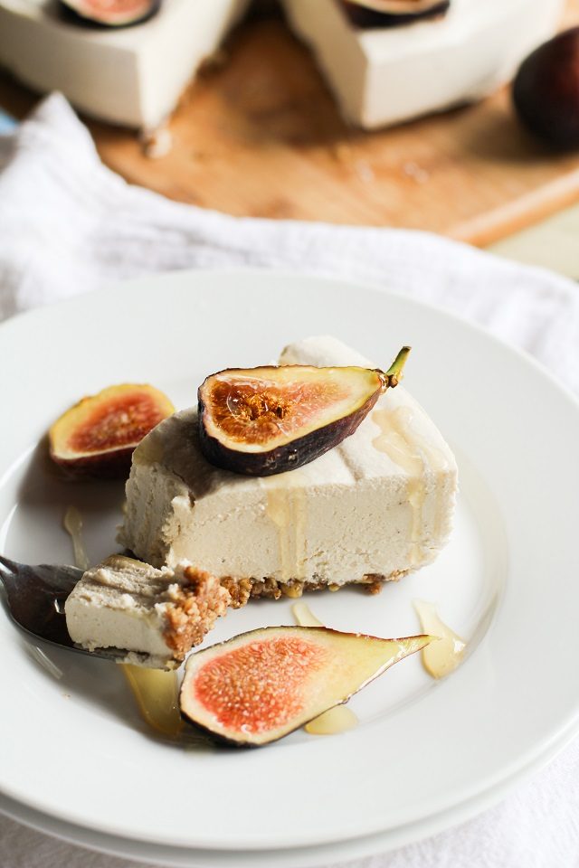 How I Live a Life Without Cheese. It really is possible! Take a look at these thoughts, ideas, and 50+ recipes for a dairy-free diet. Pictured: No-Bake Vegan Cheesecake from @roastedroot.