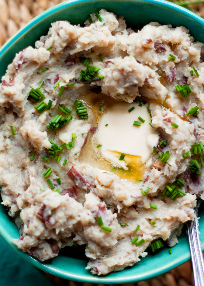 Vegan Slow Cooker Mashed Potatoes with Garlic & Chives recipe - Creamy, dairy-free mashed potatoes flavored up with garlic and chives. Perfect for everyone at the table!