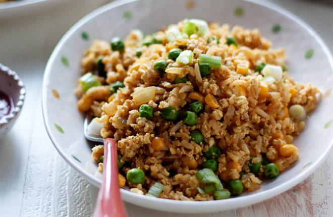 scrambled-tofu-fried-ricesq