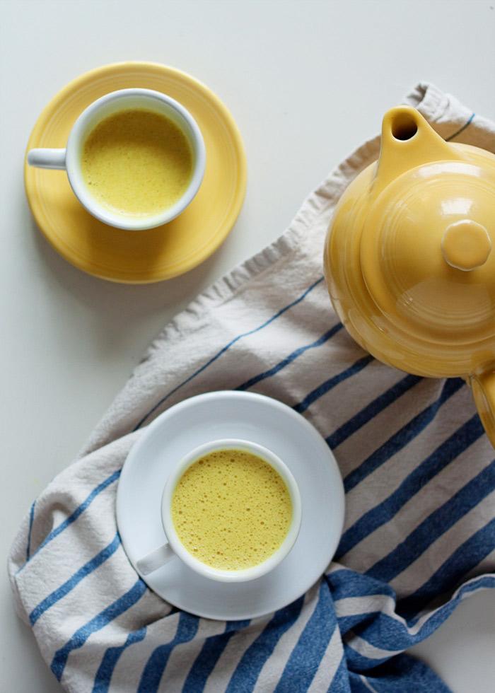 Vanilla Turmeric Tea Latte recipe -