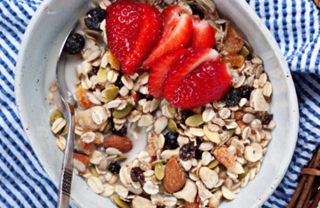 How to Make Muesli - Kitchen Treaty Recipes