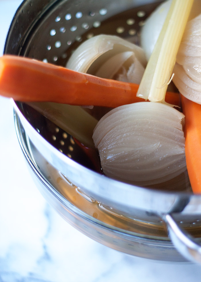 How to Make Vegetable Broth in the Slow Cooker