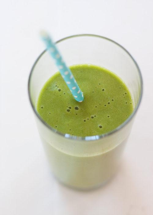 4-ingredient-super-drinkable-green-smoothie3