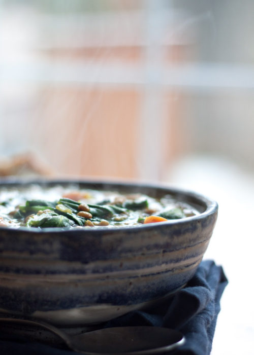 instant-pot-vegan-golden-lentil-soup-with-spinach3