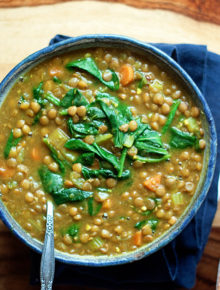 instant-pot-vegan-golden-lentil-soup-with-spinachfeat