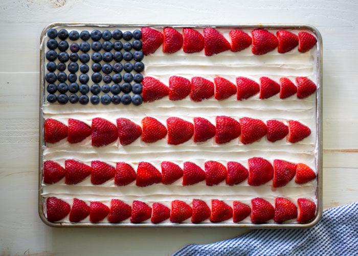 American Flag Sheet Cake - Kitchen Treaty
