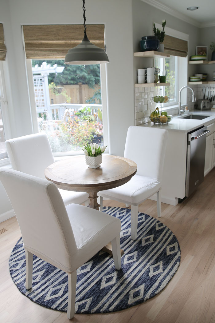 Our budget-friendly white kitchen remodel: The breakfast nook