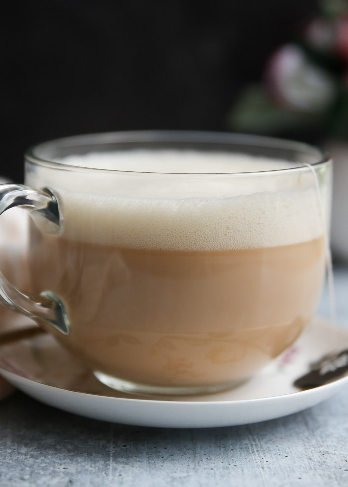 How to Make a London Fog Latte - A warm and cuddly drink made with citrussy Earl Gray tea, vanilla, honey, and steaming milk. Add a bit of lavender if you want, too, for even more cozy-factor! Made dairy-free with oat milk or almond, but feel free to use the milk you like!