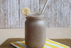 Vegan Banana Chocolate Smoothie